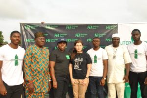L-R: Student of University of Nottingham and Project Coordinator, Liter of Light Nigeria, Mr. Bolaji Onalaja; Osorun of Onisiwo of Itomaro Land, High Chief Bashorun Olayiwola; Head, Brand Management and Sustainability, Corporate Communications, Heritage Bank, Mrs. Ozena Utulu; Representative of University of Nottingham, Emma Tarrant Tayou; Student of University of Nottingham and also Project Coordinator, Liter of Light Nigeria, Mr. Enemona Emmanuel Adaji; and Odofin of Onisiwo, Itomaro, Chief Lateef Rufia; at the lunching of the Heritage Bank-sponsored Liter of light Nigeria Solar Energy Electrification Project in Itomaro Lagos State…recently