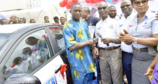 """L-R, Star Winner of Dangote cement Consumer Promotion """"BAG of Goodies"""" Benjamin Igherighe, received his Car key from Dangote Cement plc Group managing director, Engr. Joseph Makoju, National Sales and Distributor Director, Dangote Cement, Adeyemi Fajobi, Marketing Director Dangote cement, Funmi Sanni, at the Dangote Cement """"BAG of Goodies"""" consumer  promotion Star winner presentation, in Warri Delta state on Monday on 15th July  2019"""